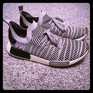 Adidas NMD R1 STLT Primeknit Size 12.5 grey/white